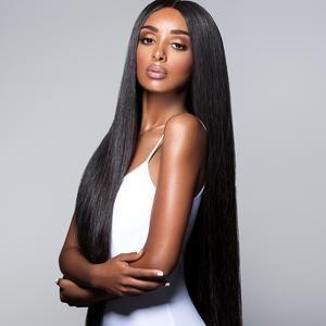 Model straight hair